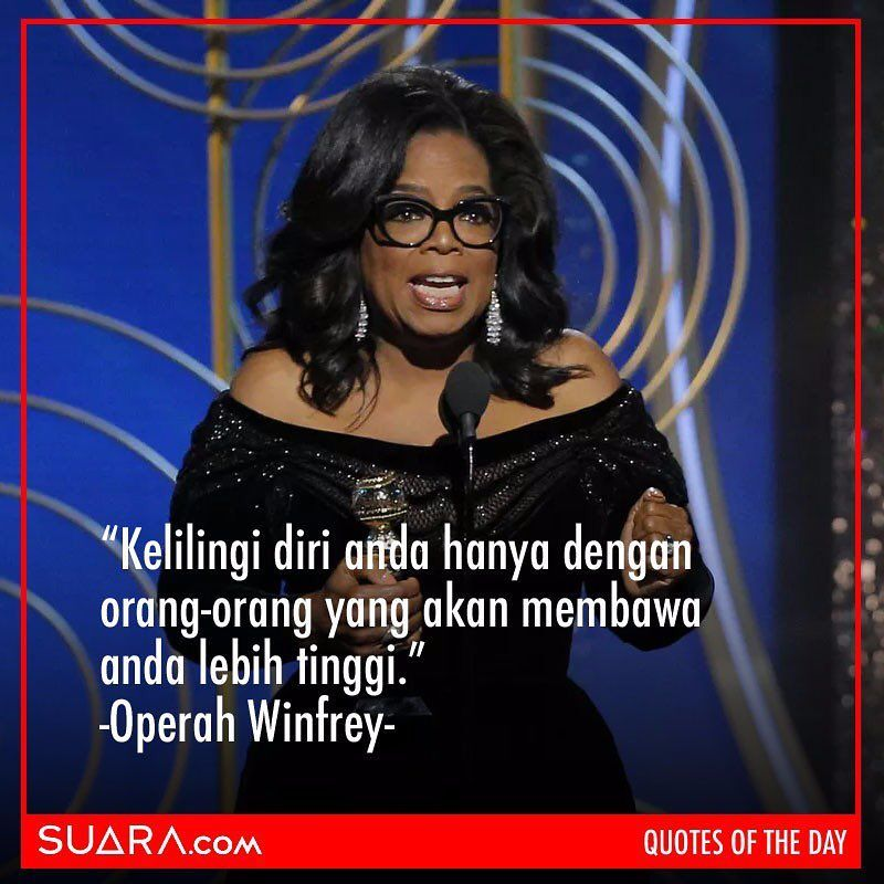 Melalu pidatonya di ajang Golden Globes 2018. Akankah dirinya cocok menjadi calon presiden AS mendatang?🤔 . . #quotesoftheday #operahouse #operahwinfrey #quotesopera #suaradotcom #kutipan #goldenglobes #goldenglobws2018 #quotesdaily #quotestagram