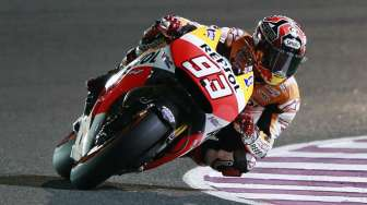 Video: Duel Maut Marquez vs Rossi di Qatar