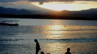 "Menyambut ""Sunrise"" di Gili Air"