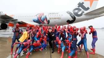 Jetstar Japan Hadirkan 40 Spiderman di Pesawat