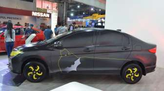"Honda City ""Batman"" Mejeng di Nepal"