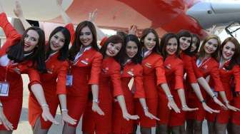 Air Asia Optimistis Penjualan Tiket Stabil