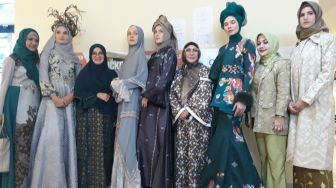 Lima Desainer Modest Indonesia Tampil di Fashion Scout London
