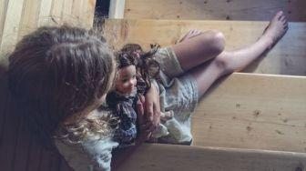 Pengasuh Cabuli Bayi sambil VCS dengan Suami dan 4 Berita Populer Lainnya