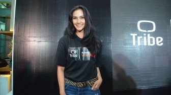 Maudy Koesnaedi Haru Reuni dengan Mak Nyak di Si Doel The Movie