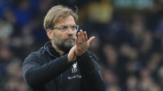 Klopp Minta Fans Liverpool Jangan Lempari Bus AS Roma