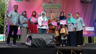 Mompreneur The Power Of Emak-Emak Telah Dibuka