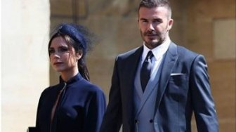 Lelang Pakaian Royal Wedding Milik David dan Victoria Beckham