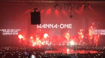 Pesona Konser Wanna One Bius Wannable Indonesia