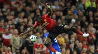 Legenda Man United Kecam Penampilan Eric Bailly Lawan Brighton