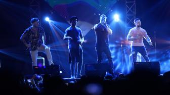 Boy Band Blue Ajak Penonton Nostalgia di The 90's festival