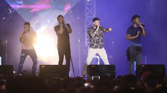 Sing A Long Bareng Blue Lewat All Rise di The 90's Festival