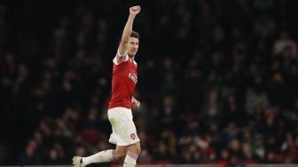 Unai Emery Ingin Laurent Koscielny Bertahan di Arsenal