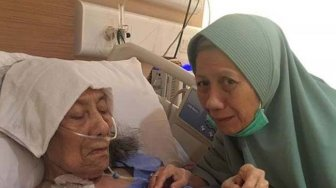 Breaking News! Nenek Zumi Zola Meninggal Dunia
