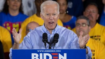 Joe Biden dan Kamala Harris Sebut Donald Trump Kacaukan AS