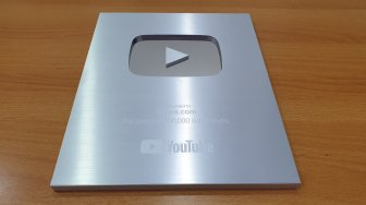 Saluran YouTube Suaradotcom Sabet Penghargaan Silver Play Button
