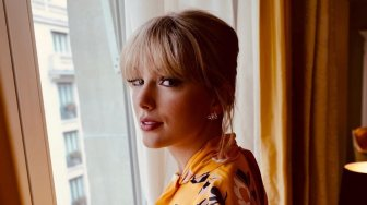 Terobosan Baru, Ini Kolaborasi Fashion Taylor Swift dan Stella McCartney