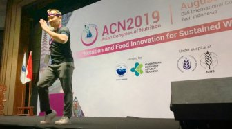 Seru! Peserta Asian Congress of Nutrition Diajak Olahraga Sambil Goyang