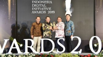 Ketua DPR Terima Indonesia Digital Initiative Awards 2019