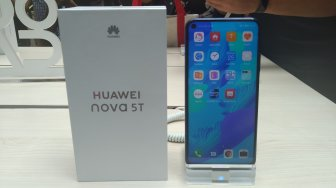 Hands On Huawei Nova 5T, Ponsel Menengah Rasa Flagship