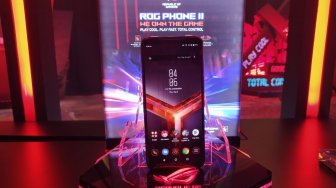 Unboxing Ponsel Gaming Sultan, Asus ROG Phone II