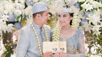 Adu Mesra 5 Pasangan Seleb Honeymoon di Rumah usai Nikah saat Corona