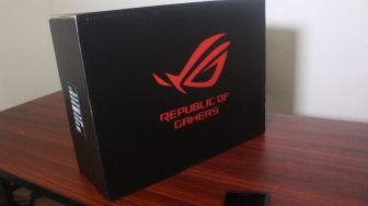 Unboxing Laptop ROG Strix G531GT