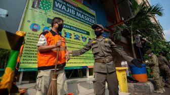 Pria Tabrak Satpol PP Razia Masker di Cakung Ternyata Terlantarkan Anak
