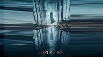 Sinopsis Film The Lodgers, Kutukan Rumah Berhantu
