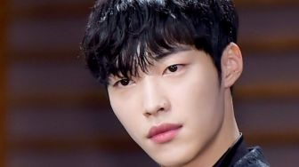 BerangKat Wamil, Ini Outfit Keren Woo Do Hwan di The King: Eternal Monarch