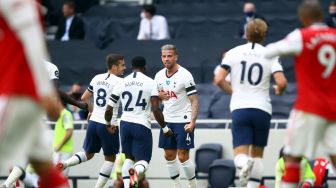Balikkan Skor, Tottenham Tekuk Arsenal di Derby London Utara