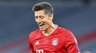 Barcelona vs Bayern Munich: Lewandowski Hebat, Tapi Bukan Level Messi