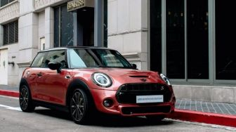 Eksklusif 40 Unit, MINI Rosewood Edition Melantai di Tanah Air
