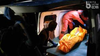Seram! Dilindas Truk, Pengendara Kereta di Medan Tewas Mengenaskan