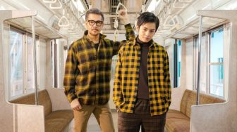Inspiratif, Ini Mix and Match Flannel Ala Selebriti Legendaris Indonesia