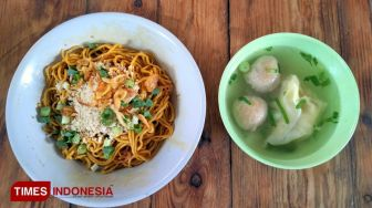 Yamin Noodle, a Comfort Food during Cold Weather