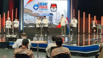 Dibantai Tiga Paslon, Program Smart City Dibela Mati-matian Ratu Ati