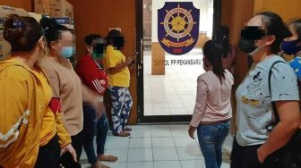 Belasan Wanita Diduga PSK Diamankan dari Kompleks Jondul Pekanbaru