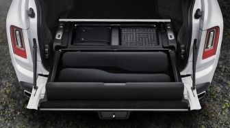 Pursuit Seat, Kursi Portable Eksklusif dari Rolls-Royce