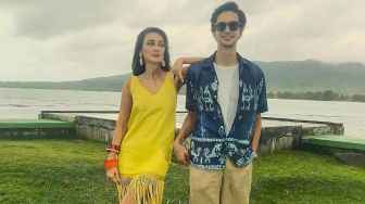 Heboh Video Luna Maya Dicium Dimas Beck