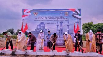 Ground Breaking Masjid Sheikh Zayed, Gibran: Persahabatan Indonesia-UEA