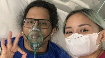 Positif Covid-19, Suami Joanna Alexandra Dilarikan ke ICU