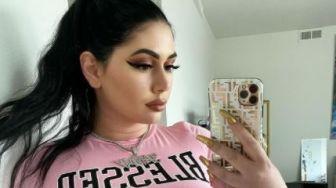 Curhat Selebgram Kembaran Kim Kardashian, Diejek karena Ukuran Tubuh Plus