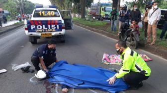 Brukk! Pengendara Motor Tewas Terlindas Truk di Sentul Bogor