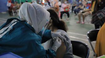 Kejar Herd Immunity, Pemprov Kalbar Gencarkan Vaksinasi Covid-19 Malam Hari di Keramaian