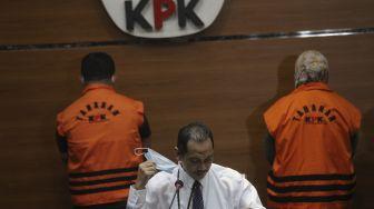 Resmi Jadi Tersangka dan Ditahan, Bupati Koltim Diduga Minta Jatah Fee Dana Hibah BNPB