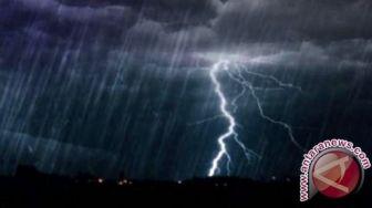 Waspada! Beberapa Daerah di Jabar Berpotensi Dilanda Hujan Petir Hari Ini