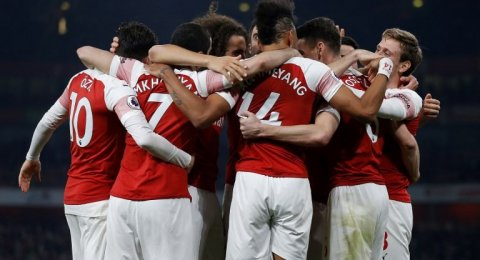 Preview Arsenal vs Manchester United: Revans Tuan Rumah di Emirates?