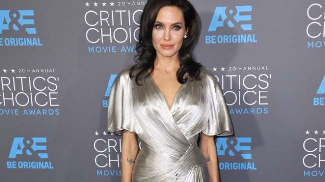 Angelina Jolie di acara tahunan Critics' Choice Movie Awards Ke-20 di Hollywood Palladium, Los Angeles, California, Amerika Serikat, pada 15 Januari 2015 [shutterstock]