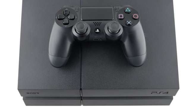 Konsol game PlayStation 4 (Shutterstock).